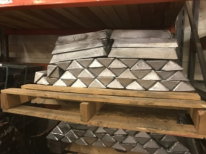 Ballast Triangle Weight Recycled Lead Ingot (1000 LB)